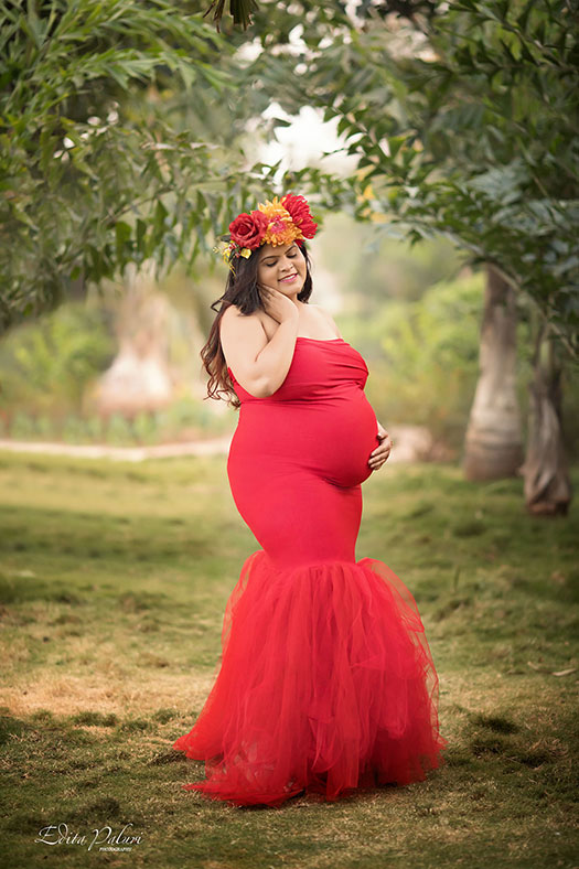 Maternity photo shoot Pune