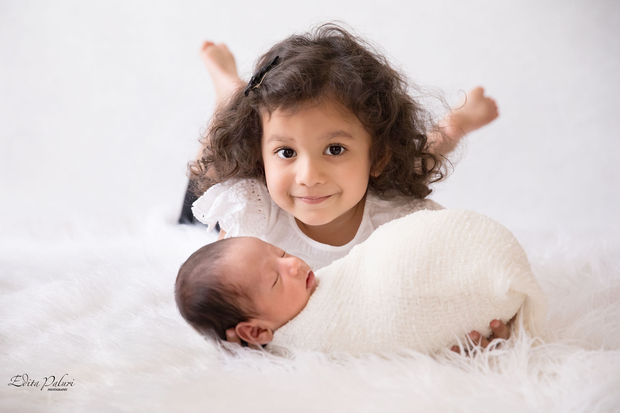 newborn photographer in Pune